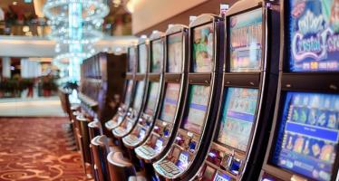 Ο κόσμος του Casino, Live Casino & Vegas βρίσκεται στο Stoiximan.gr!